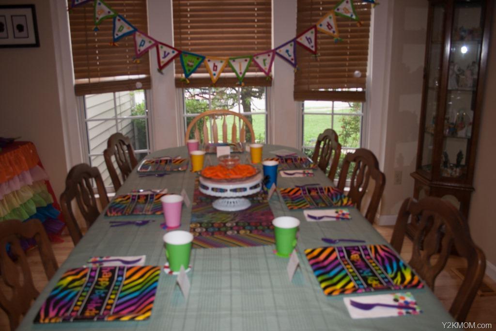 party - Y2K Mom